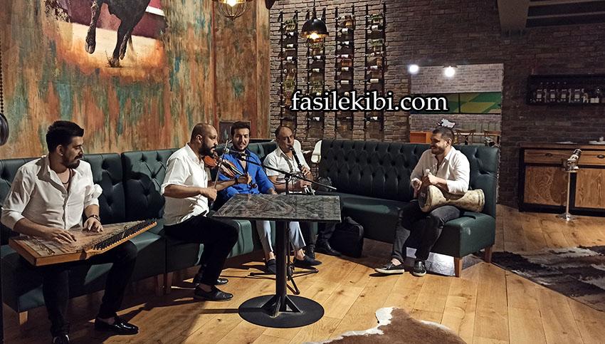 fasıl müziği ekibi